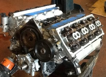 Auto Engine Parts & Kits